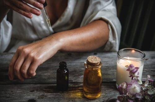 Óleo de Rícino - 8 Benefícios no Cabelo e Pele